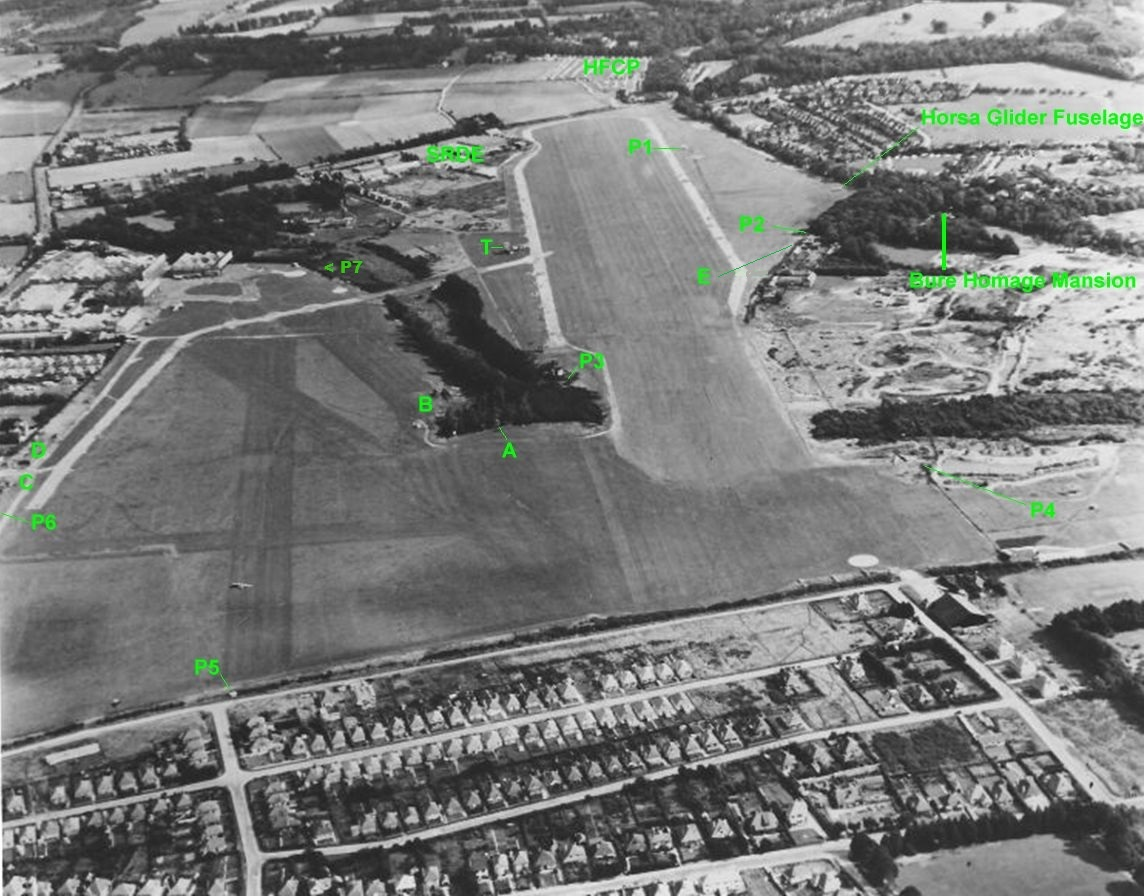 833rd aero squadron -  Looking East Top In 1950 After Removal Of The Wartime Runway And Lower In 1952 Before The Laying Of The Hard Runway In 1954